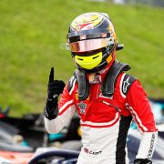 GP3: Каллум Илотт выиграл первую гонку на Red Bull Ring