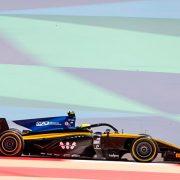 Ф2: Лука Гиотто выиграл воскресный спринт в Бахрейне