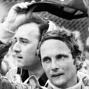 Ушла легенда «Формулы-1». Лауда пережил «аварию века», но умер из-за гриппа